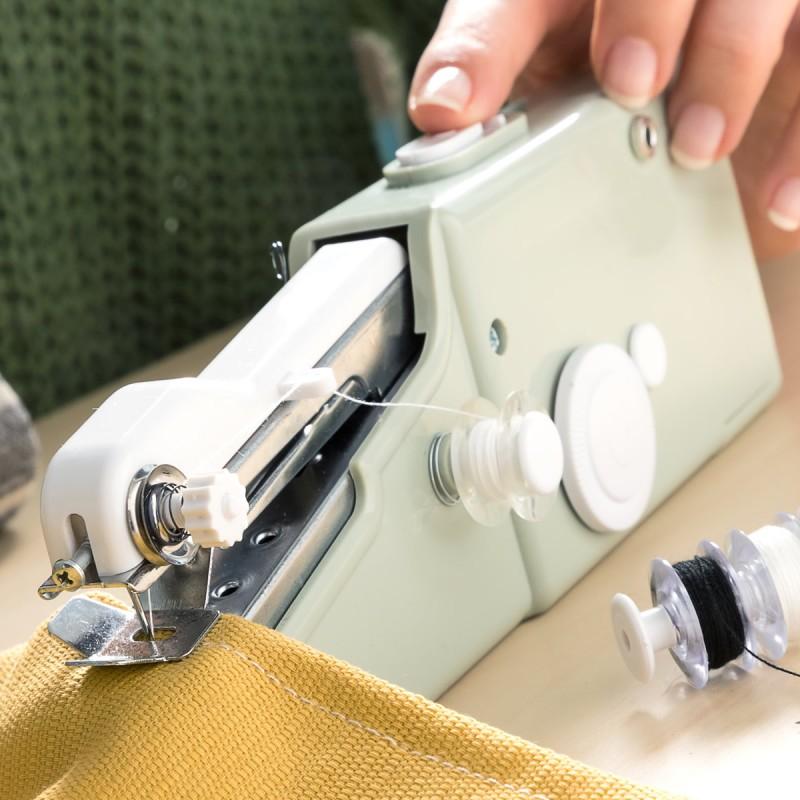 Macchina da cucire portatile