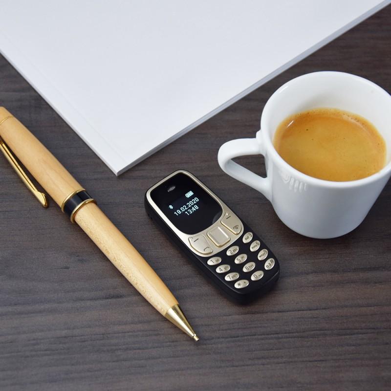 Telefono più piccolo del mondo