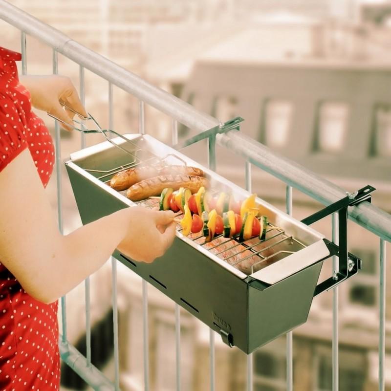 Auguri Matrimonio Romantici : Barbecue da balcone