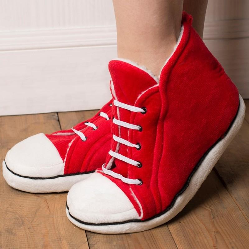Pantofole in stile Converse