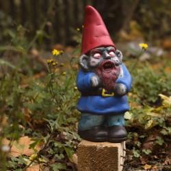 Nano da giardino Zombie