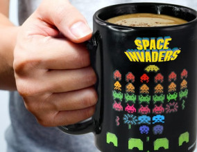 Il mug termosensibile di Space Invaders