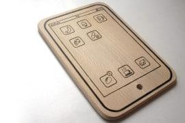 Il tagliere iPad di legno