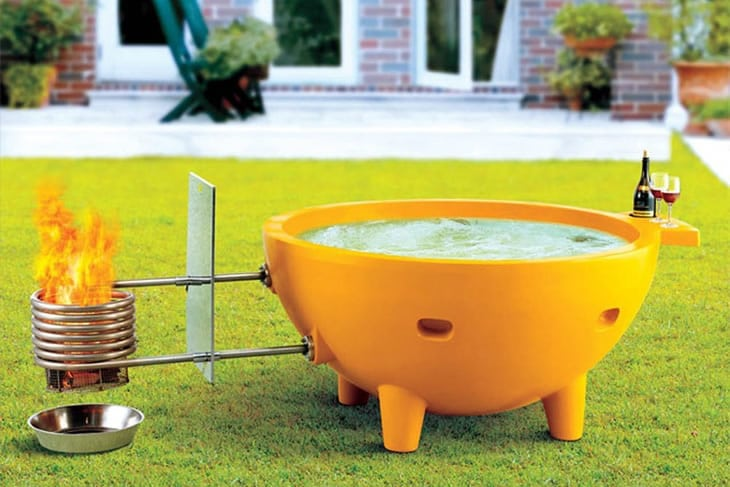 La vasca da esterno riscaldata dottorgadget for Vasca per giardino