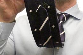 Magnetie, la cravatta double-face magnetica