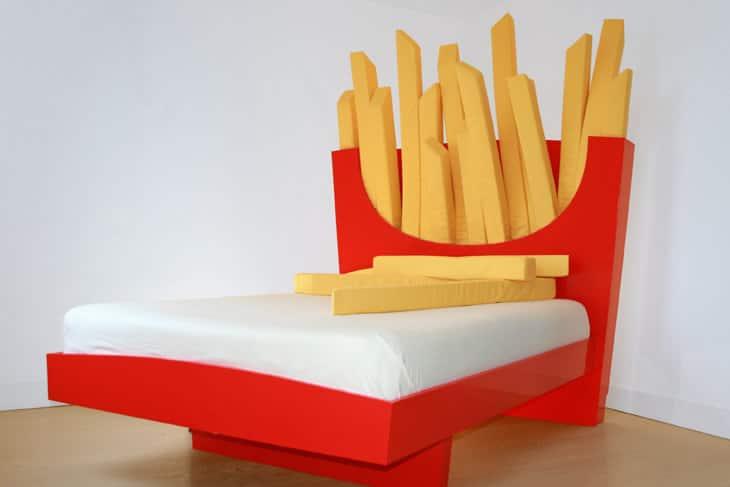 Un letto a forma di hamburger dottorgadget - Letto a forma di peluche ...