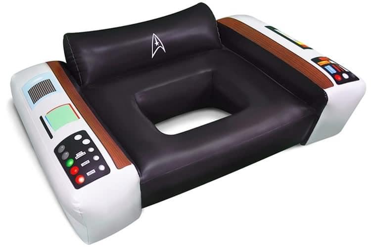 Poltrona da piscina dell enterprise dottorgadget for Gadget da piscina