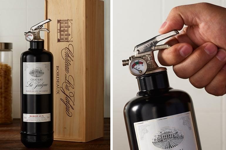 Estintore bottiglia di vino dottorgadget - Estintore in casa ...