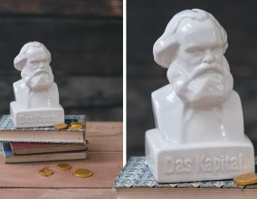 Salvadanaio Karl Marx