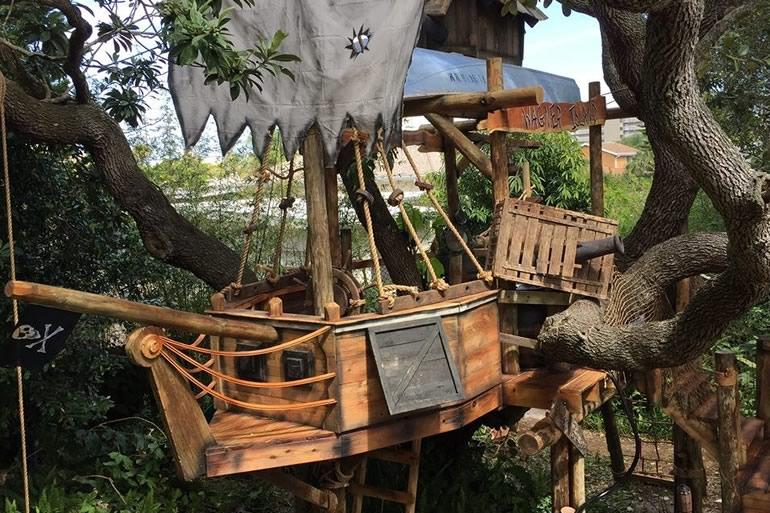 Nave pirata sull 39 albero dottorgadget for Kit per costruire casa sull albero