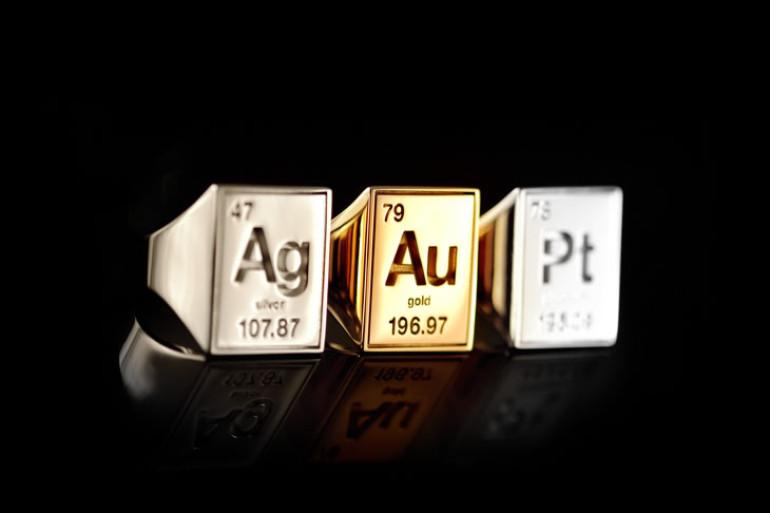 Anelli preziosi con elementi della tavola periodica dottorgadget - A tavola con harry potter ...
