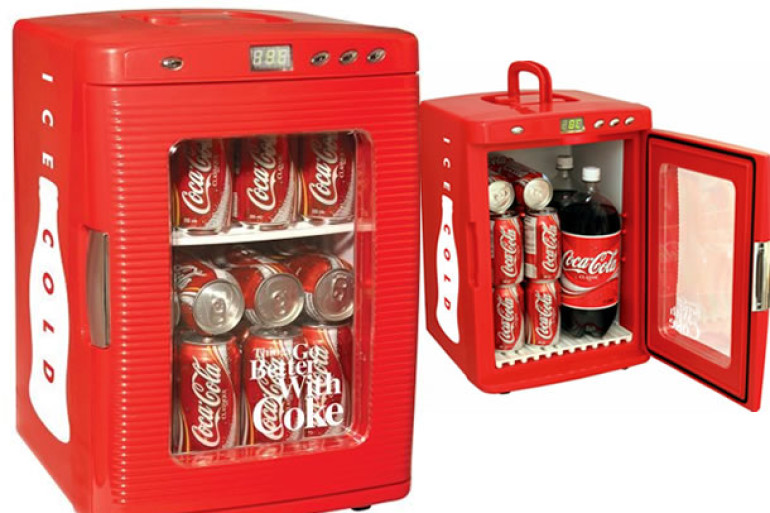 il frigo bar coca cola dottorgadget. Black Bedroom Furniture Sets. Home Design Ideas