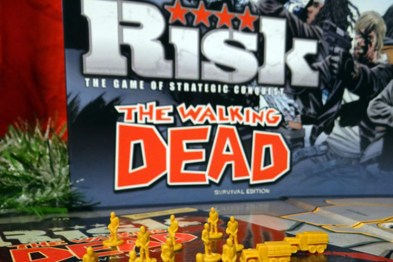 Risiko the walking dead edition dottorgadget - Zombie side gioco da tavolo ...