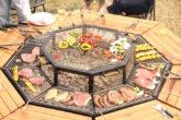 La tavola ottagonale da grigliata