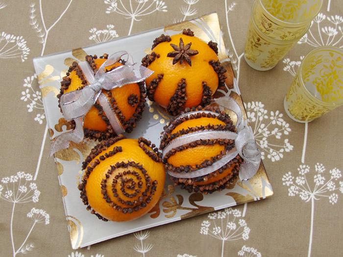 Centrotavola con arance e chiodi di garofano