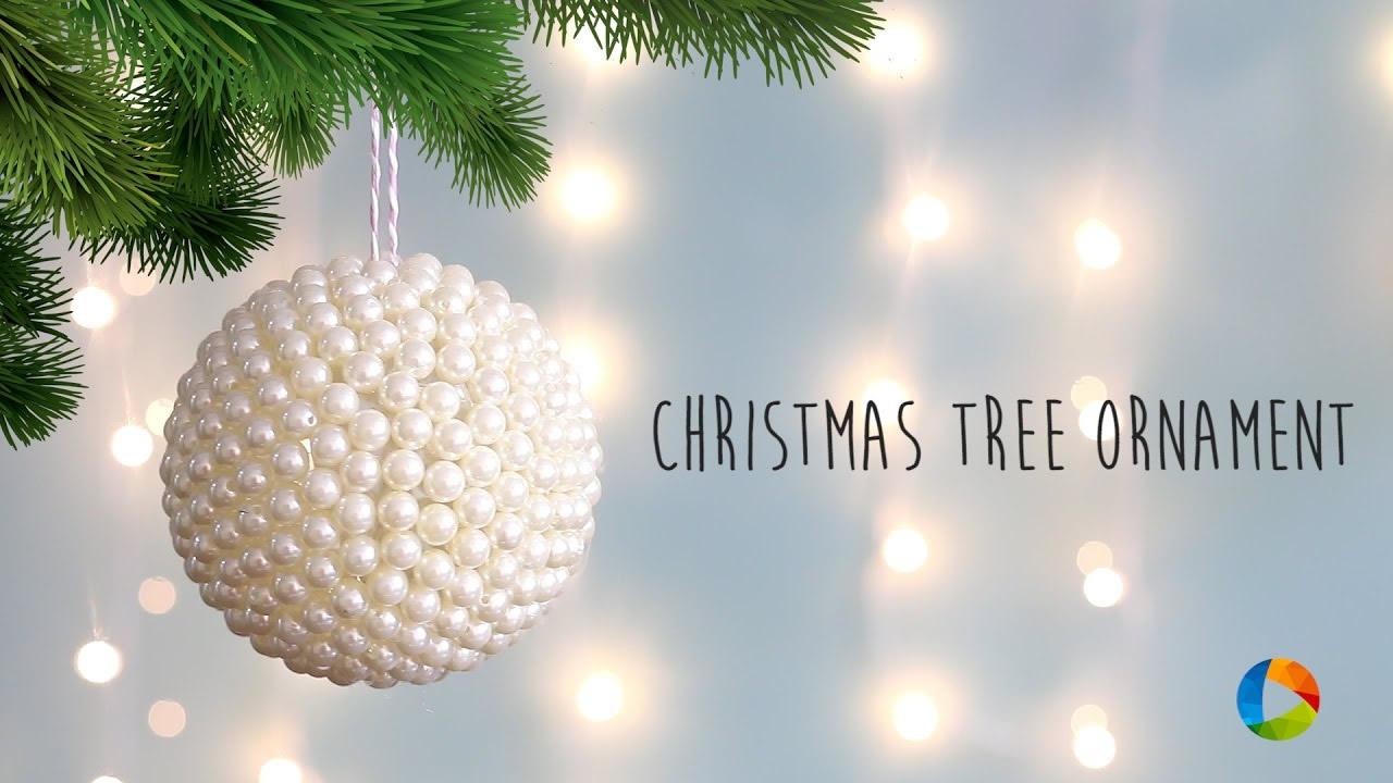 Palline di Natale decorate con perle