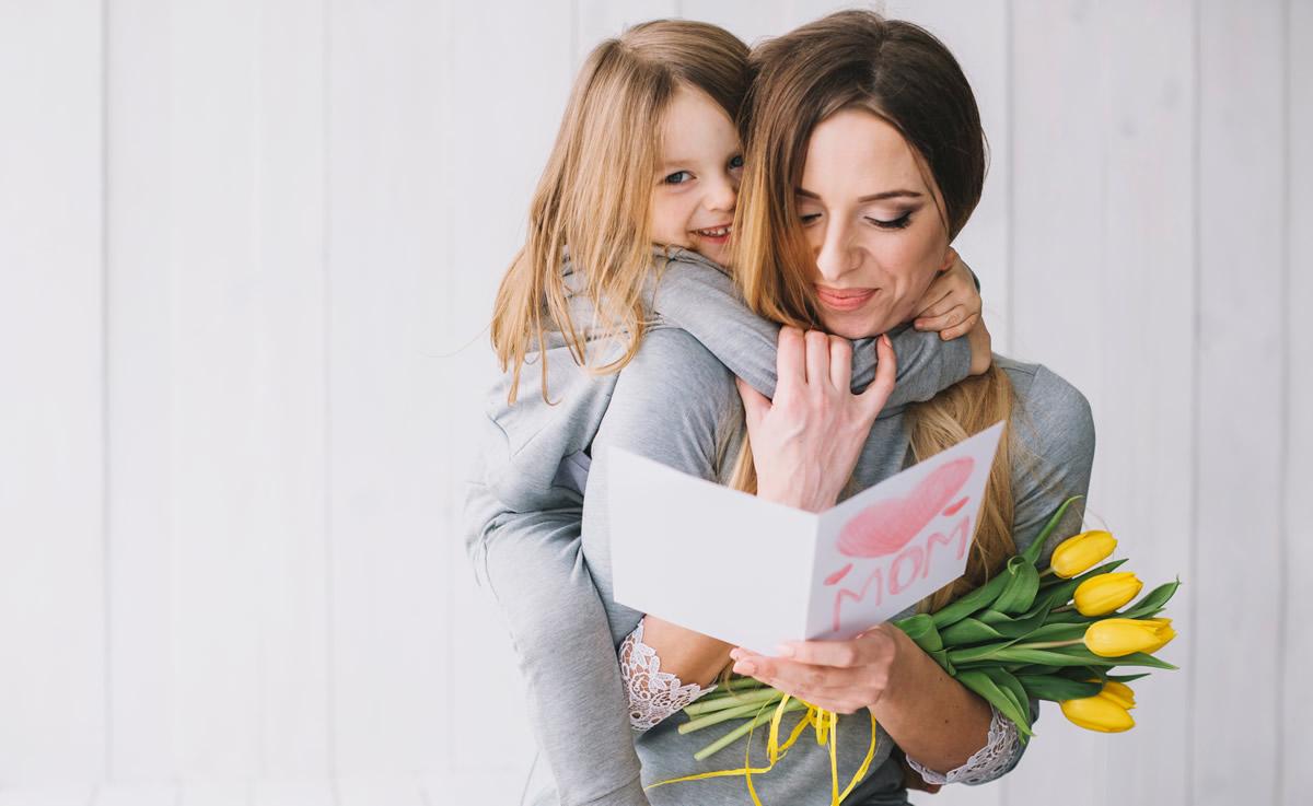 Biglietti di auguri Festa della Mamma